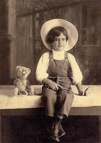 foto frida bambina 2
